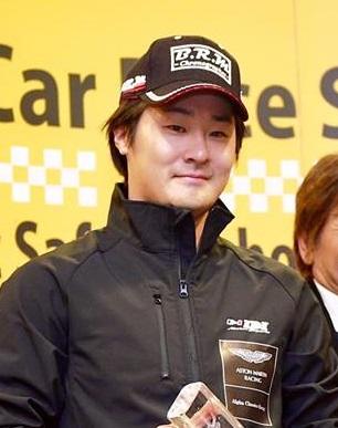 レーシングドライビングインストラクター 山口礼 Rei Yamaguchi