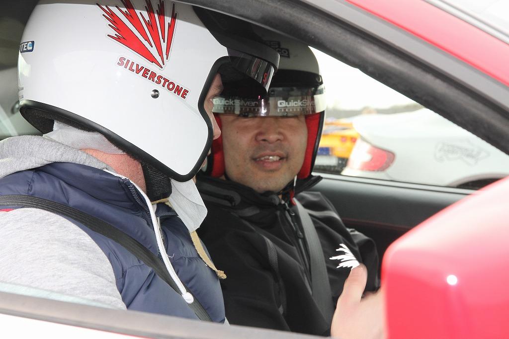 中納 徹 イギリス レーシングドライビングレッスン